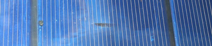 Silica gel breaks solar cell.